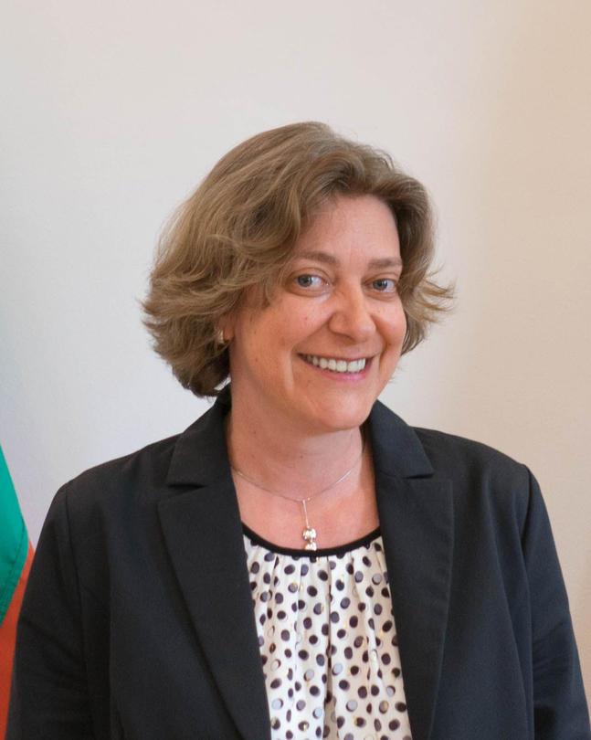 Зам.-министър Емилия Тончева