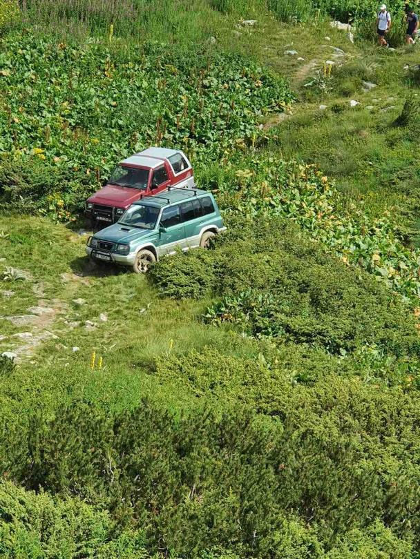Министър Димитров призова местната власт да спре джиповете към Рилските езера - 2