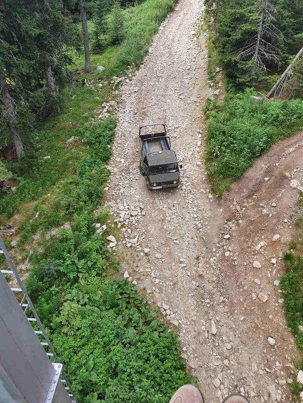 Министър Димитров призова местната власт да спре джиповете към Рилските езера - 3