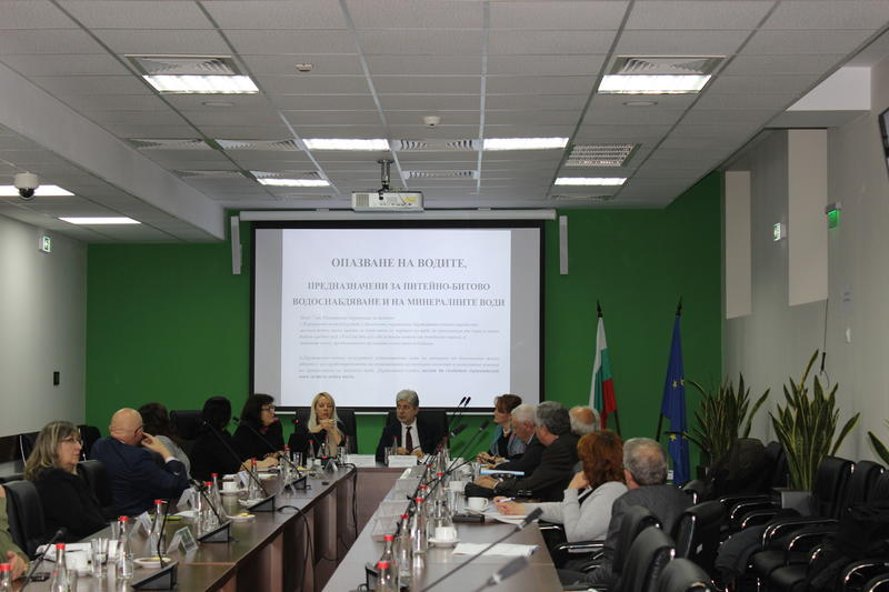 Съветът на учените към министър Димов обсъди новия подход за опазване на питейните води - 01