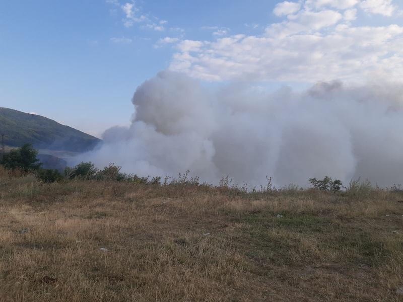 Самозапали се сметището в местността Злево край Дупница - 4