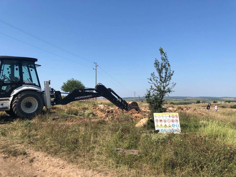 Министър Димитров: Обезвреждаме най-опасните обекти със загробени пестициди в страната - 11